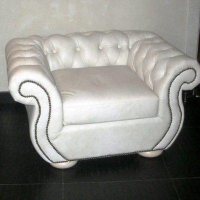 белоке кресло чесетр