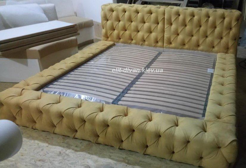 желтая мягкая кровать на заказ