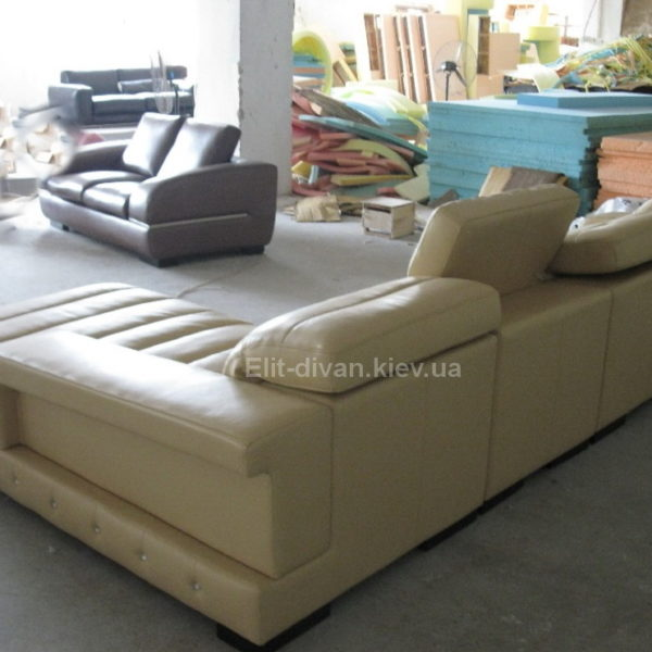 белый модульный диван с подлакотниками