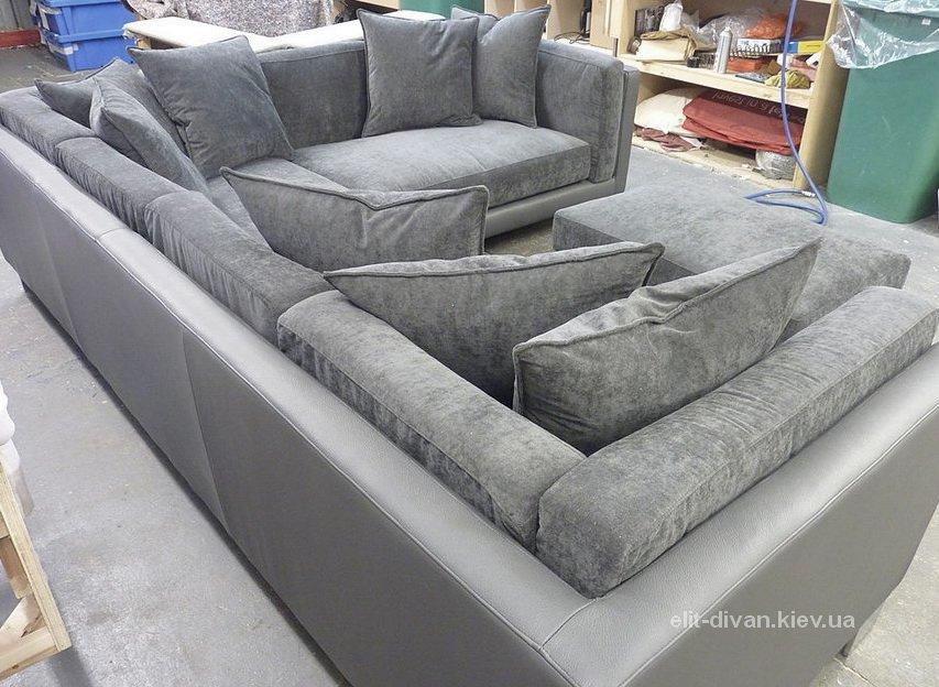 авторский с образный диван