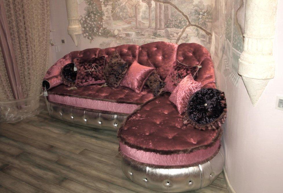 маленький радиусный диван под заказ