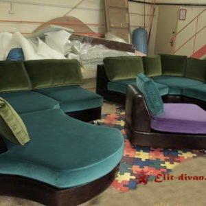полукруглый диван в отель