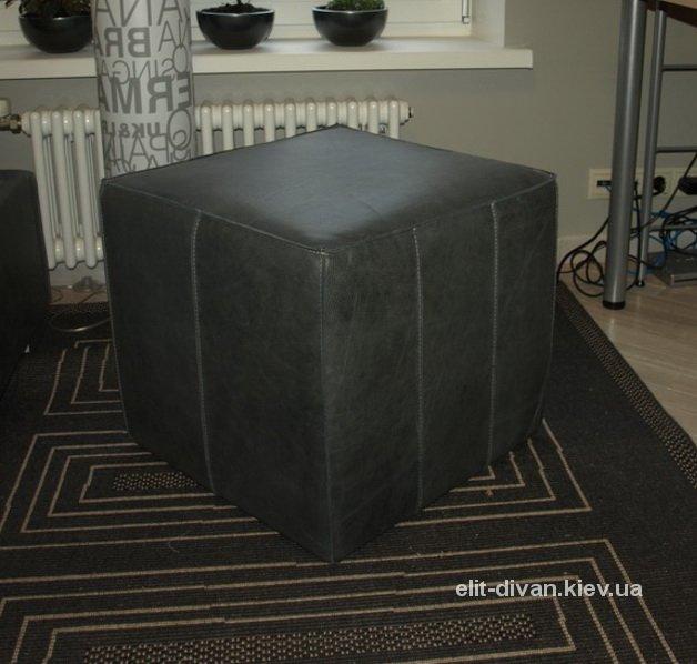 квадратный черный пуф