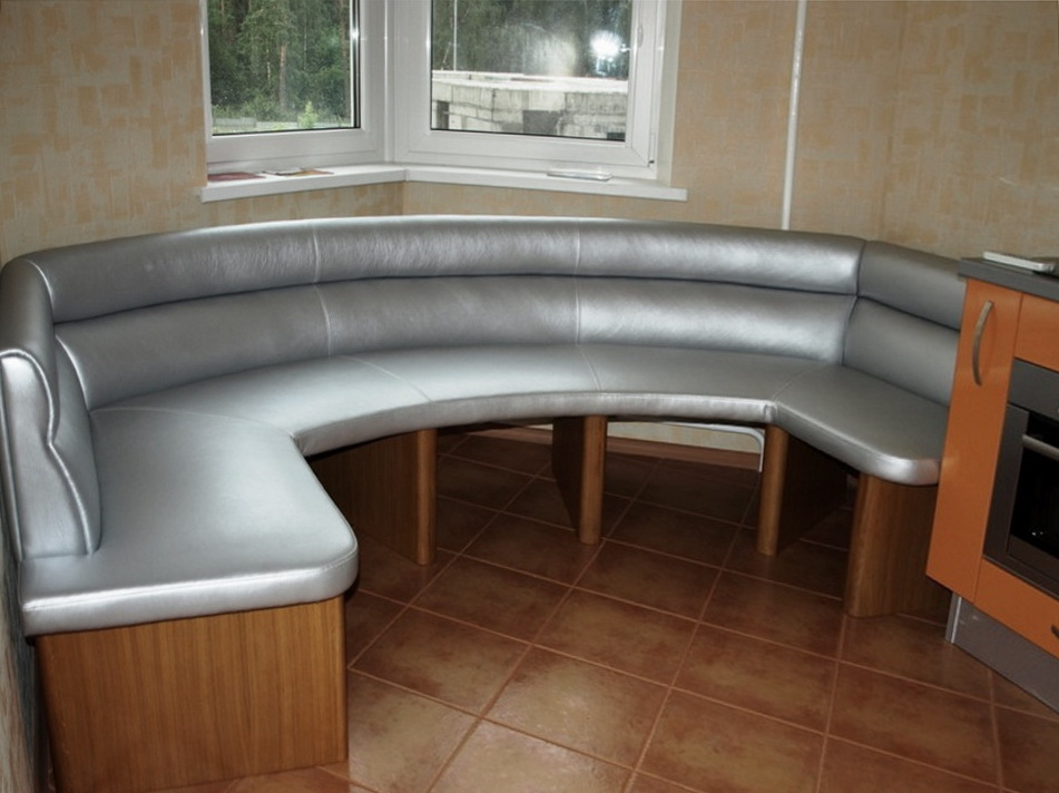 радиусный диван на кухню на заказ