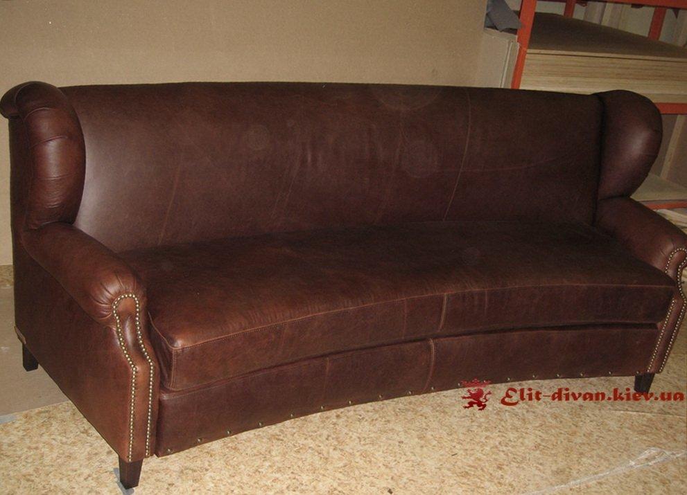 коричнеый диван радиусный