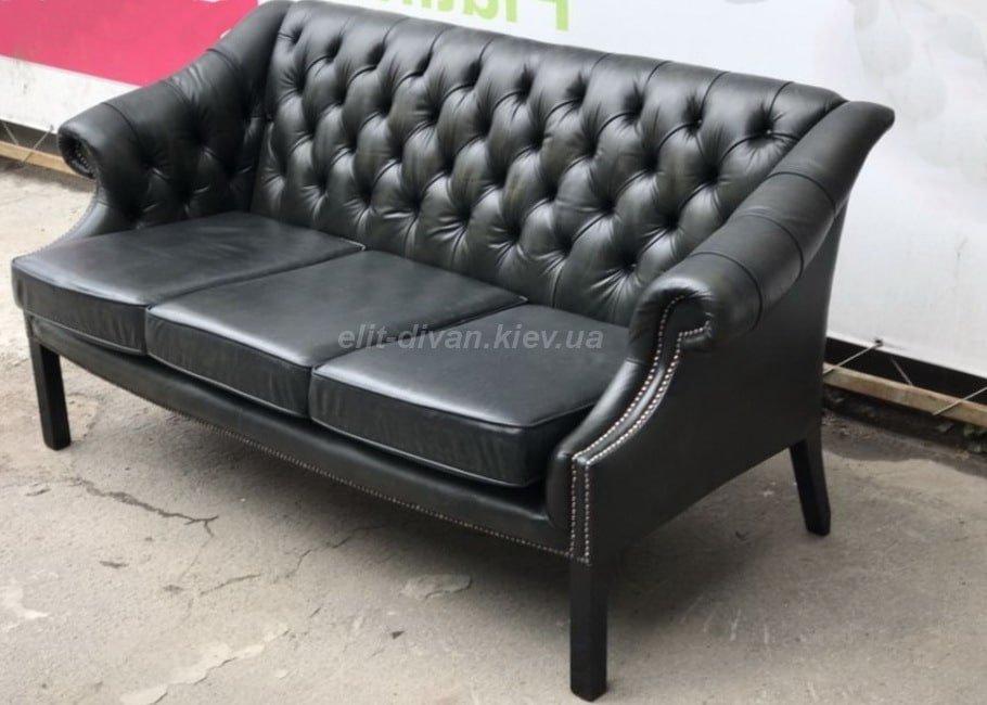 классический черный кожаный диван