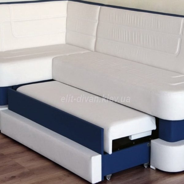 белый  диван со спальным местом
