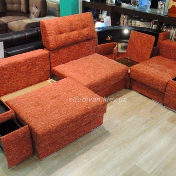 красный умный диван