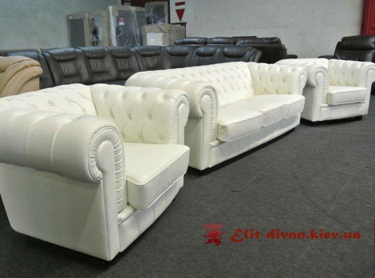 коплект фирменный мягкой мебели