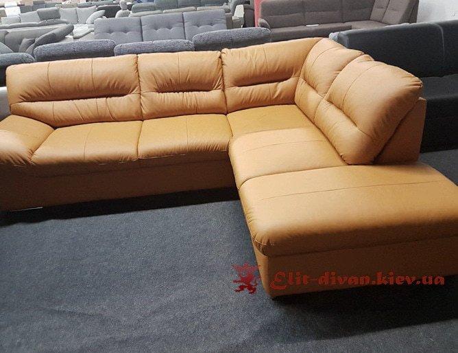рыжий диван фирменный