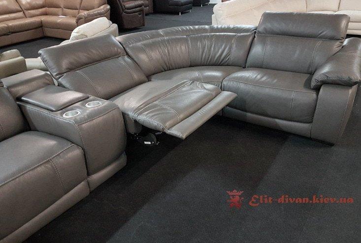 диван фирменный с механизмом релакс