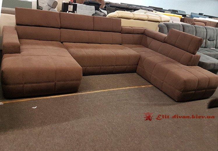 фирменный п образный диван коричевый