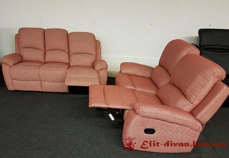 розовые диваны и кресла