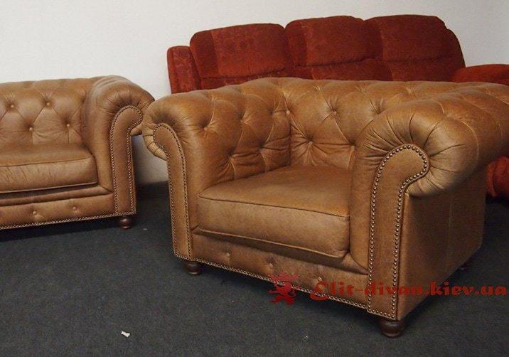 элитное кресло из кожи