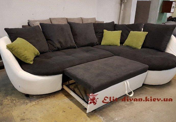 радиусный угловой фирменный диван