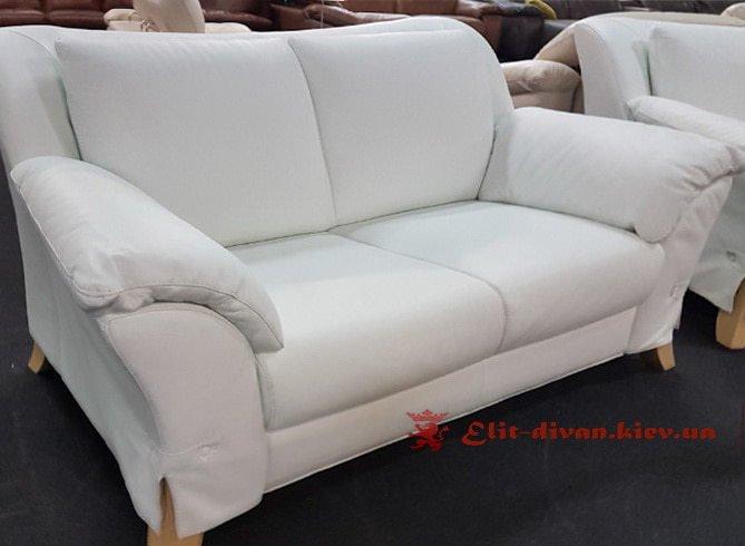 мягкий диван белого цвета