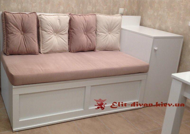 прямой диван кухонный