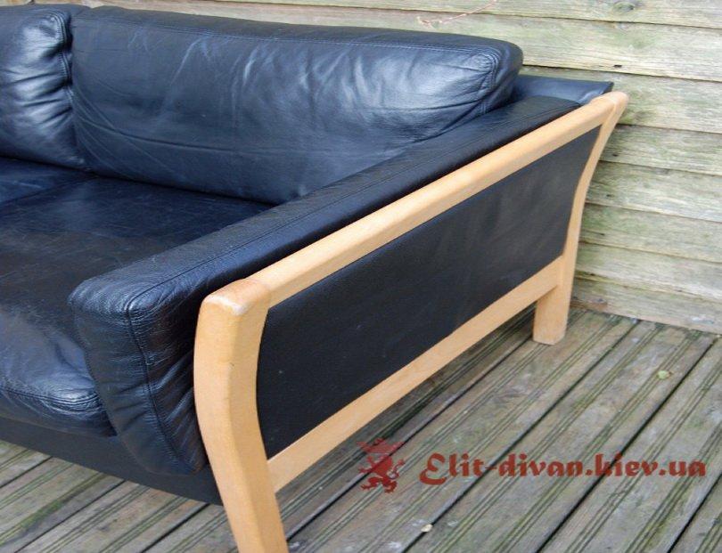 мягкая кожаная мебель синего цвета