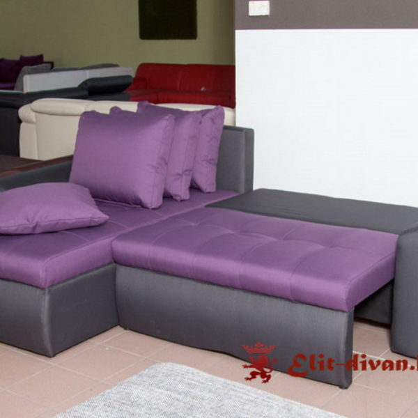 диван сиреневого цвета со спальным местом