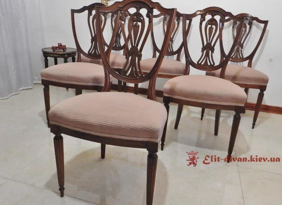 бежевые стулья