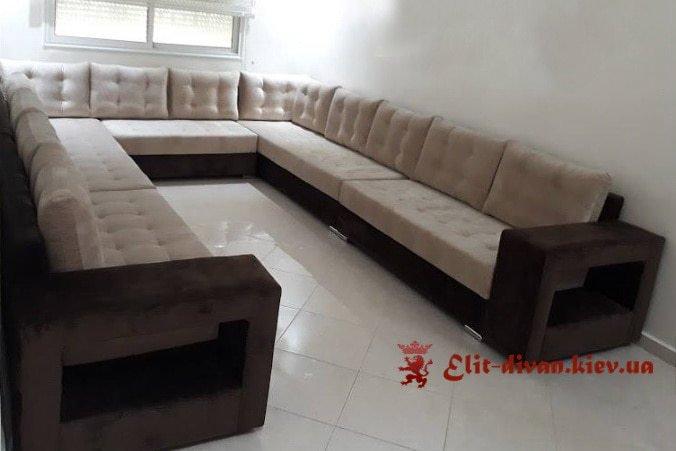 большой с образный диван