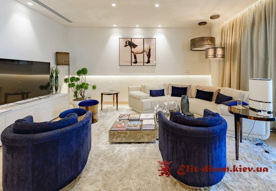 диван с креслами в гостиную