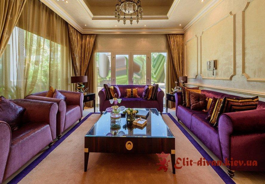 сиреневая мягкая мебель  в гостиную