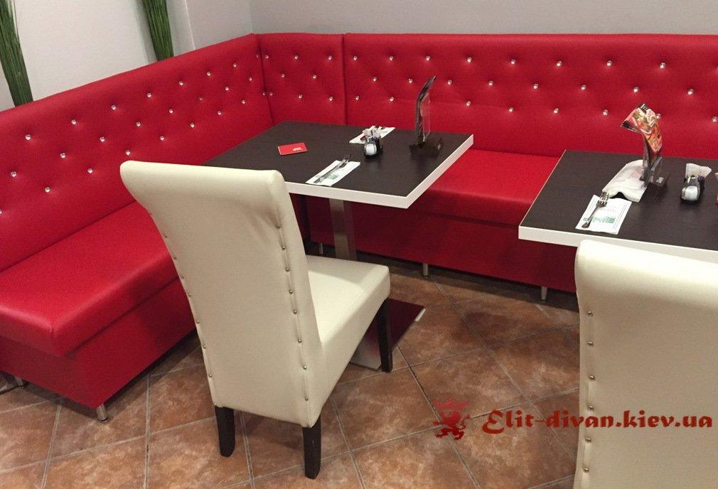 красный диван в ресторан на заказ