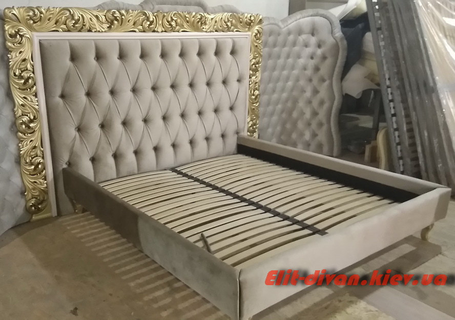 кровать в элитную квартиру на заказ