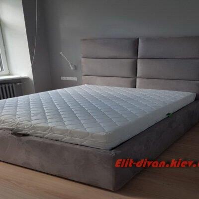 кровать в элитную квартиру