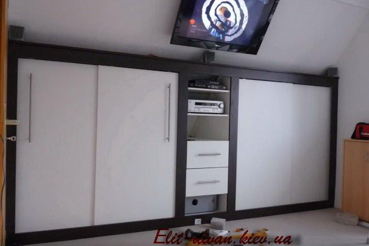 изготовление шкафа в мансаду
