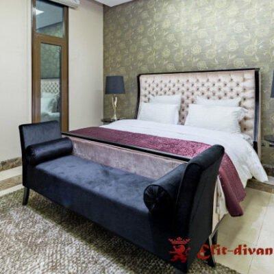 Мягкая кровать в спальню под заказ с банкеткой