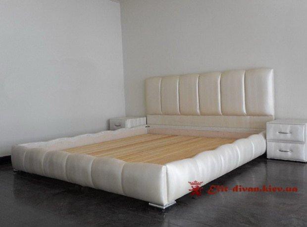 заказать изготовление большой кровати на заказ