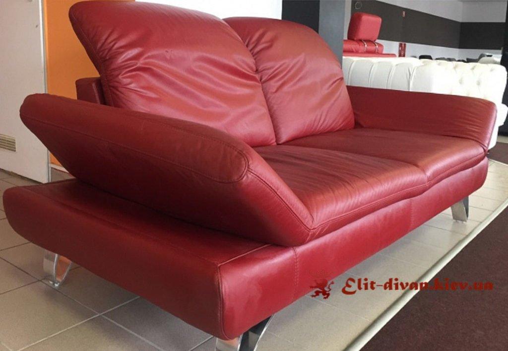 красный кожанный диван итальянского производства