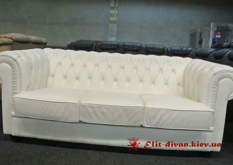авторский диван честер
