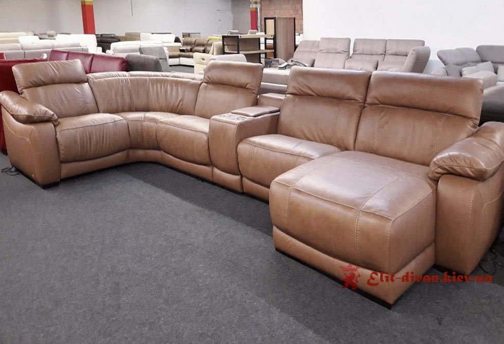 большой авторский диван