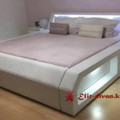 кровати с мягким изголовьем италия