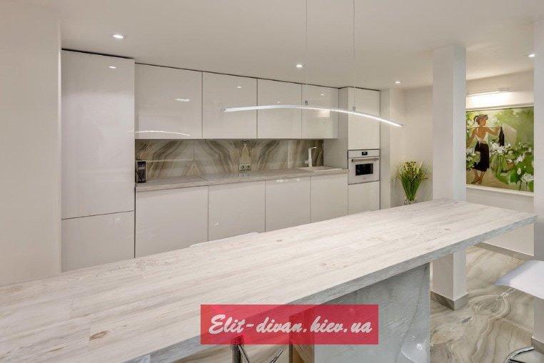 белая кухня от производителя диванов
