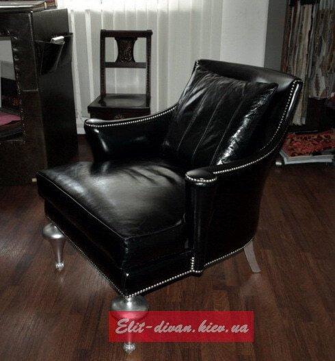 кресло с подушками под заказ из кожи