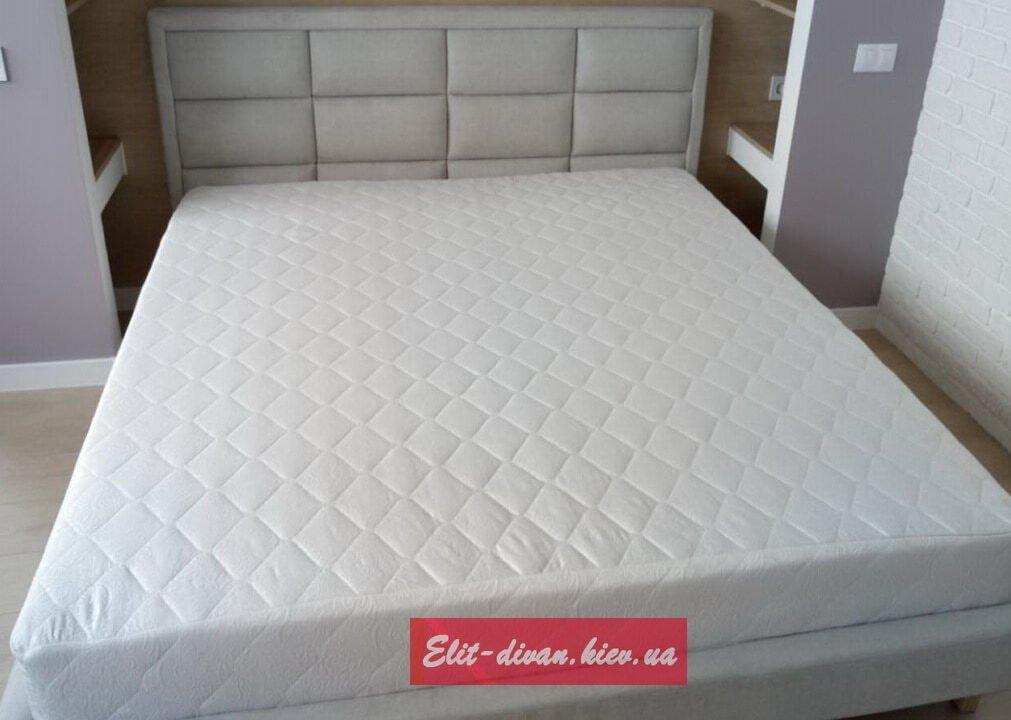 кровать в элитный дом
