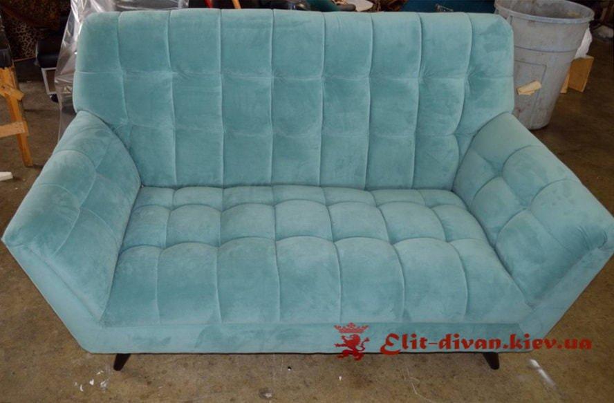 Прямий диван на замовлення Нивки