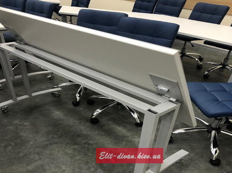 стол для менеджеров