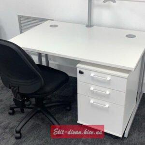 малеький стол в офис