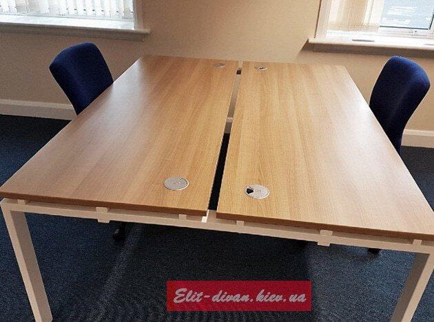 стол в офис на ва сотруника