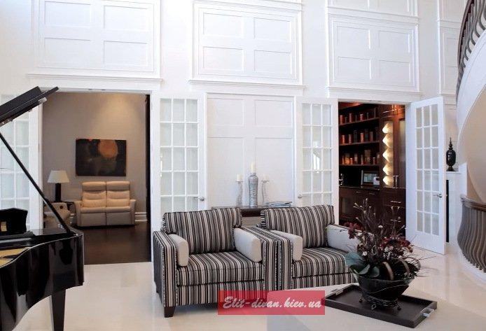 белые стеновые панели из массива дерева