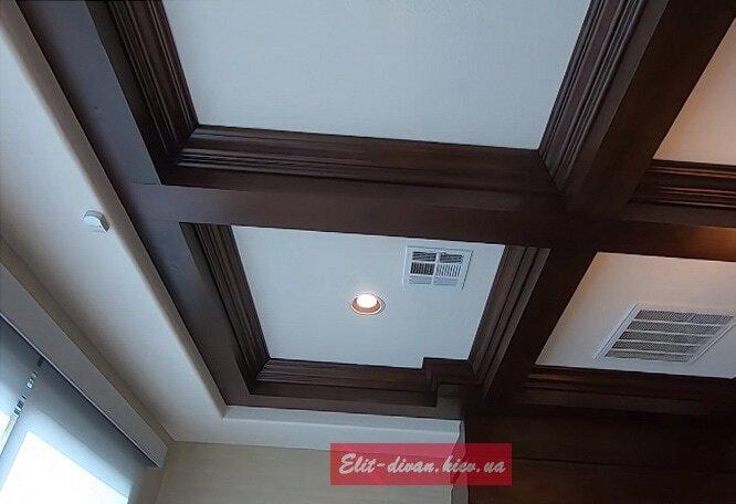 деревянный молдинг на потолок