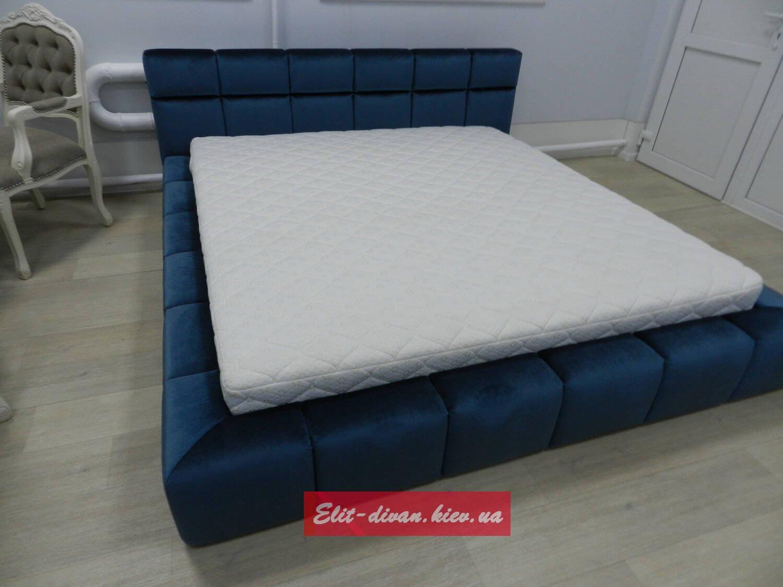 синяя голубая кровать на заказ