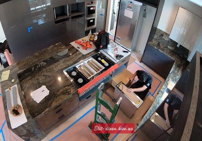 изготовление и установка кухни Вишневое