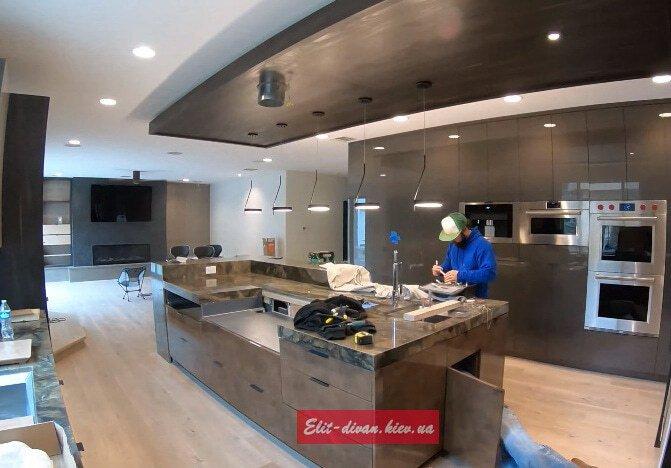 изготовление и установка кухни в часный дом