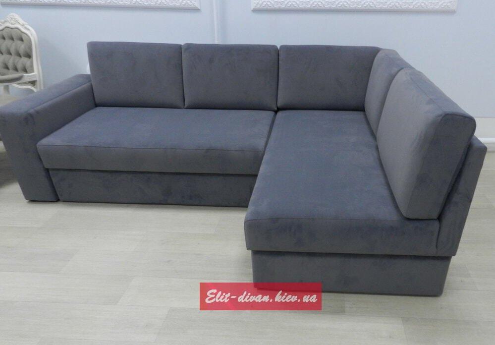 угловой серый диван